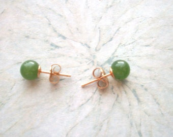 Vintage Marked DP 14K Solid Gold Jade Earrings,posts for pierced ears,not scrap,6mm ball,yellow gold,1.2 grams,with 14k backings