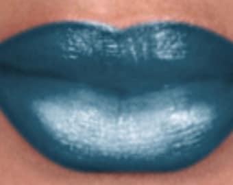 Turquoise -Full coverage Signature Semi  Matte Lipstick