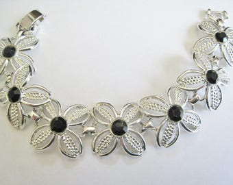 Sarah Coventry Silver Tone W/ Black Accents Bracelet