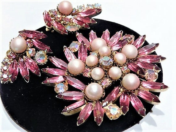1950s Rhinestone Pink AB and Faux Pearl Brooch Clip On Earrings Set Demi Parure Mid Century Vintage  Hollywood Wedding Bride Bridal Jewelry