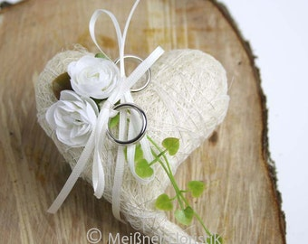"Ring pillow sisal heart ""vintage Ranunculus"""