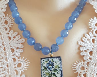 Necklace with ceramic tile glazed Caltagirone, gemstone blue agate