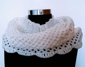 Women's scarf in white Loop scarf Infinity scarf Hand knitted Gift idea for women