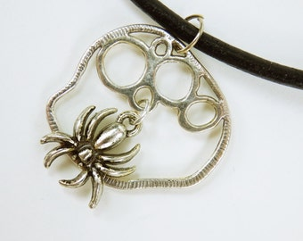 Necklace spider on a black leather strap mens spider on silver ornaments circles Halloween Jewelry unisex mens spiders