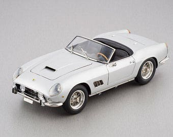 CMC M093, 1960 Ferrari 250 GT SWB california spyder 1:18