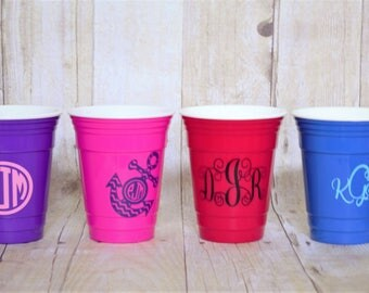 Personalized Solo Cups-Monogrammed Cups-Reusable Solo Cups-Solo Cups-Beach Cups-Party Cups-Plastic Cups-Custom Solo Cups-Personalized Cups