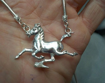 Sterling Silver Chinese Gansu Flying Horse Pendant