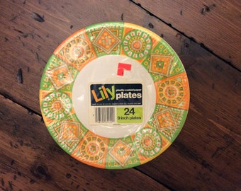 Vintage 60s, Party Plates, Green, Orange, Mosaic, Stained Glass, Plastic Coated Paper Plates, New Old Stock, 24 Count (B257)