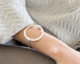 SALE - circle bracelet,silver bracelet,hammered bracelet,statement bracelet,big disc bracelet,silver cuff