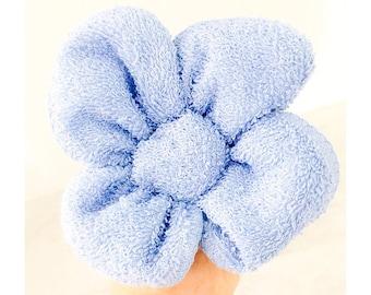 Wash Cloth Creation - Wash Cloth Flower - Wash Cloth Favor - Party Favor - Baby Shower Favor