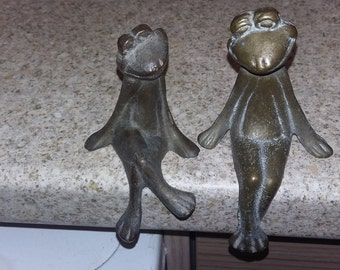 Vintage brass decorative balancing frogs