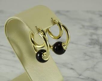 14K Yellow Gold / Onyx Earrings ( pierced )