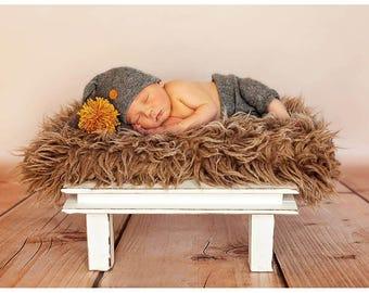 Posing stool , newborn props, posing stool, newborn posing stool, baby photo prop, newborn photo prop, newborn prop stool,bench