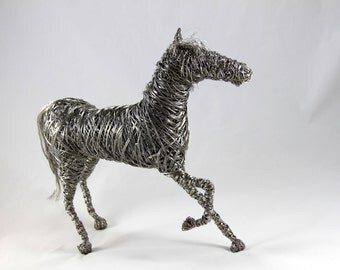 Wire Horse Sculpture / Indoor or outdoor display / High quality steel