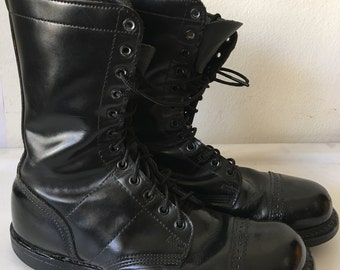 Black men's combat boots, real leather, military boots, durable and shiny leather, rough men's shoes, vintage style, men's shoes, size-10D.