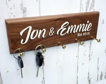 Personalized Key Holder - Wedding Anniversary Gift - Christmas Present Couple - Custom Housewarming Present - Bridal Shower