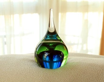 Paperweight - Ring Holder Shape in Green & Blue