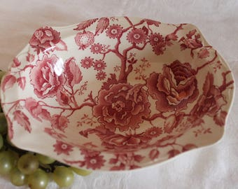 Johnson Brothers English Chippendale Red Transfer Oval Serving Bowl - Chipped