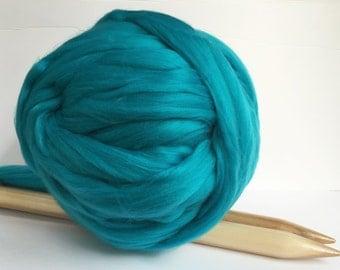 Chunky Vegan Yarn, Chunky Knit Yarn, Super Bulky Yarn,Arm Knitting Yarn.