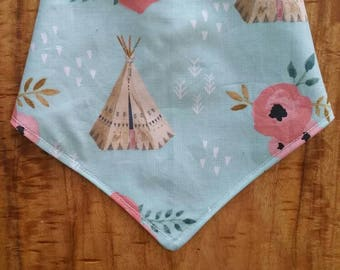 Brave One Teepee and Floral Reversible Bibdanna