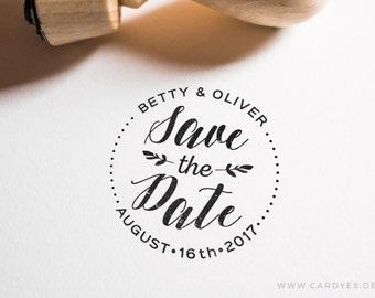 Save the Date Stamp • Wedding monogram • Wedding logo • DIY wedding • Round wood stamp which a handle