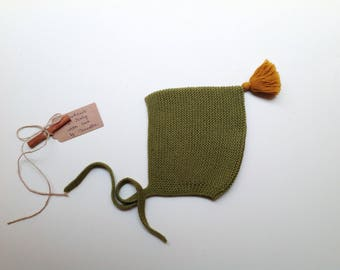 READY TO SHIP - 100% cashmere baby kid Pixie Bonnet  hat color Vert Lichen with mustard pom pom,  hand knitted,  size 12-24 months