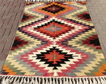 "Turkish Kilim rug, area rugs, kilim rug 3x5, small rug, Handwoven rugs, throw rugs, Wall decor, pink rug, wool rug, 75"" x 56.5"""