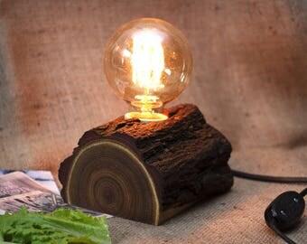 Wood lamp - Rustic lamp - Edison lamp - Robinia lamp