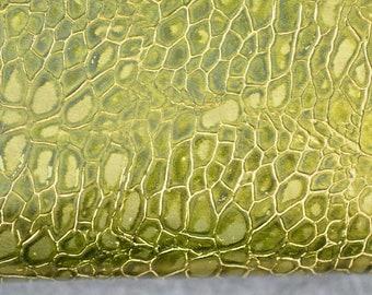 Moss Green Leather Hide Italian Genuine Leather 50cm x 45cm 0,6 mm Metallic Chartreuse Green Flower Pattern Leather b425