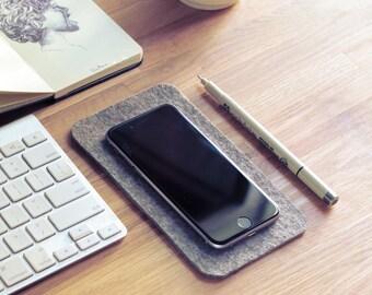 iPhone 6 desk pad / phone pad / wool phone pad