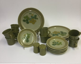 Franciscan Pebble Beach Earthenware. Circa 1969-1970 | Vintage Dinnerware