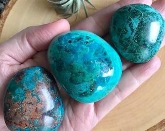 Lovely Peruvian Chrysocolla palm stone, Chrysocolla gallets from Peru