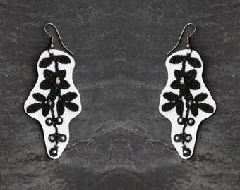 Retro black white jewelry vintage lace jewelry earrings gift for women retro earrings black flower silver retro earring black crystal