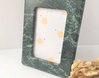 Vintage Green Marble 4 x 6 Picture Frame / Vintage Photo Frame / 4 x 6 Picture Frame / Marble Picture Frame / Stone Picture Frame