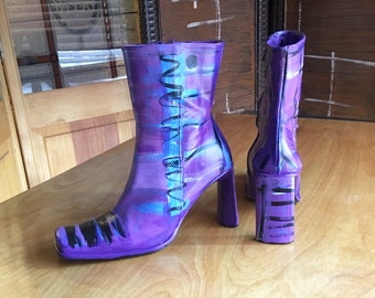 Purple Boots, Hand Painted Boots, One Of A Kind Boots, Kenneth Cole Boots, US Size 7, Painted Boots, One Of A Kind Boots, Designer Boots