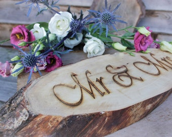 Mr and Mrs Oval Log Sign
