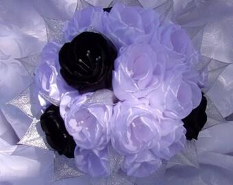 Black, white and silver/Wedding wedding bouquet brooch/Bridal Bouquet in satin/Wedding Bouquet kanzashi/satin/ribbon satin flowers