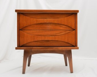 SOLDDONOTBUYSOLDOriginal Designer Mid Century Modern Nightstand by United Furniture Vintage