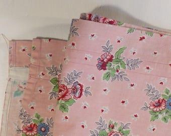 Mid Century Cottage Floral Fabric Cotton Cloth Decorator Valance 1940s