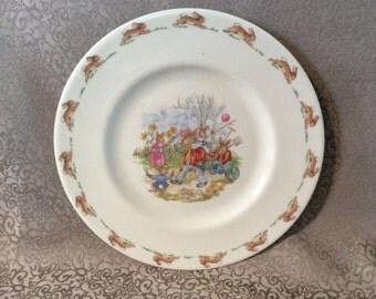 Vintage bunnykins Royal Doulton collectible plate