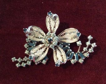 Stunning Jay Kel Sterling brooch filligree silver metal flower shape and blue amethyst crystals rhinestones
