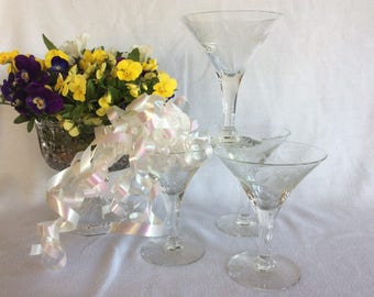 Elegant set of 4 champagne or martini stemware mid century glassware with flower etching
