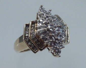 10K Yellow Gold Diamond Illusion Cluster Ring, size 6.75