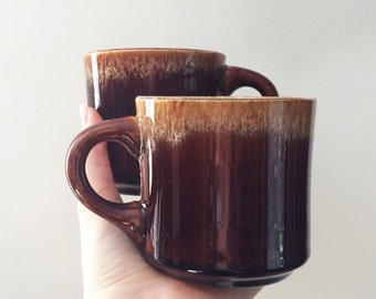 Mid Century Brown Drip Mugs USA