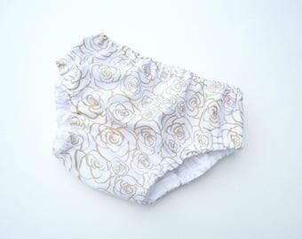 Gold roses diaper cover for girl-Baby girl gold roses nappy cover-Girl floral bloomers-Baby girl cotton diaper cover-Bloomers girls