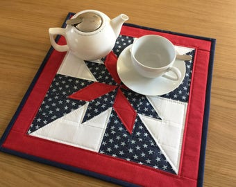 Quilted table topper, star table topper, patchwork table runner, patriotic table topper, mug rug, quilted table mat, table centrepiece
