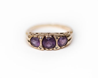 Amethyst Ring, 14K Yellow Gold Ring, Amethyst and Diamond Ring, Amethyst, Diamond Chips