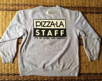 Vintage 90's Pizza-La Staff Sport Classic Design Skate Sweat Shirt Sweater Varsity Jacket Size L #A602