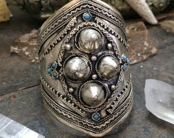 Vintage Indian Silver and turquoise boho gypsy cuff bracelet