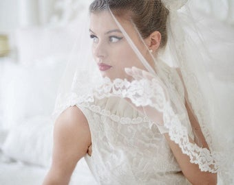 Beautiful vintage wedding veil headpiece